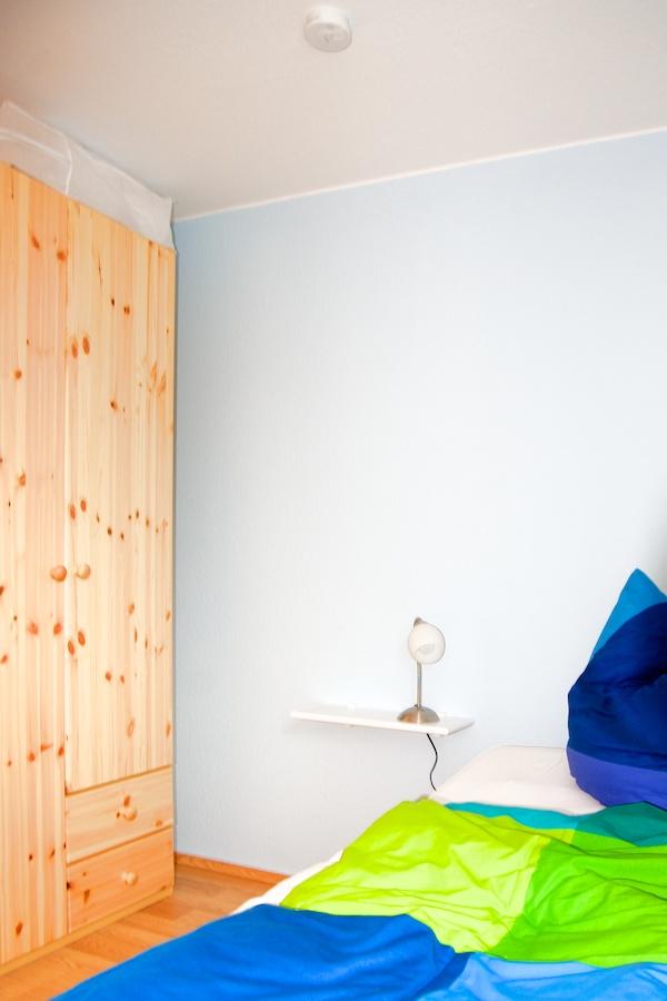 fewo-lee-schlafzimmer-klein-detail