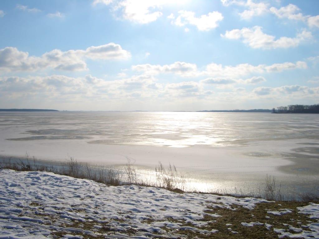 Salzhaff im Winter mit Eis