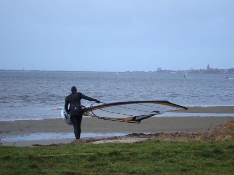 Winter Windsurfen Salzhaff